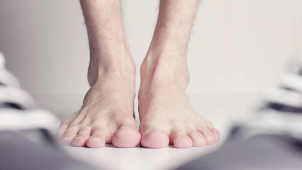 """怎么避免你的脚变成 """"生化武器""""?"""